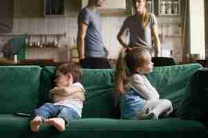 Qué hago si mis hijos se pelean con frecuencia