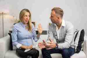 Lee más sobre el artículo Mi pareja me hace sentir mal